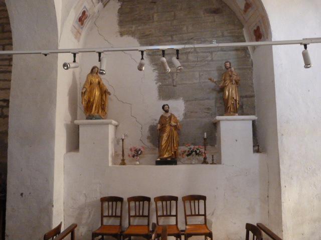 Statues du XVIIIème siècle (Christ, Vierge et Saint-Gaudérique)