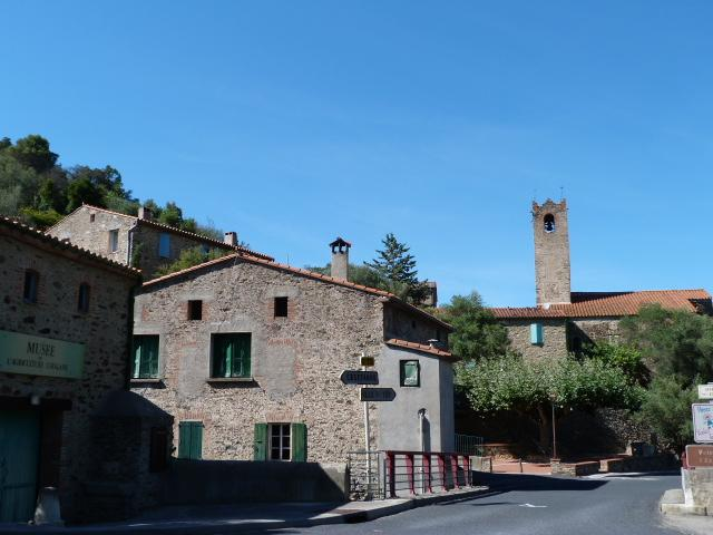 Centre de Saint Michel de Llotes