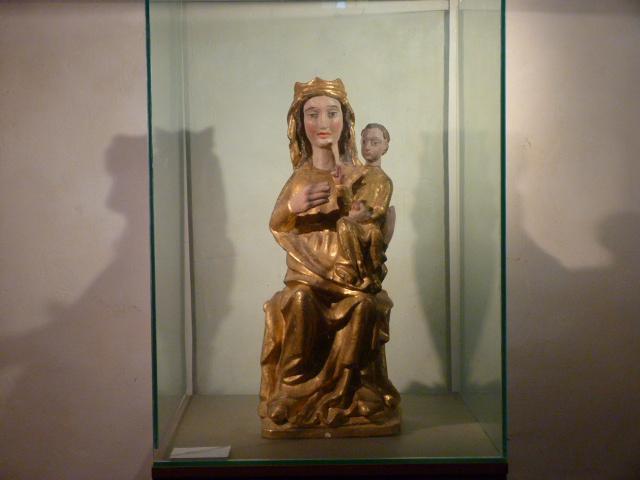 La Vierge à l'enfant du XIVème siècle