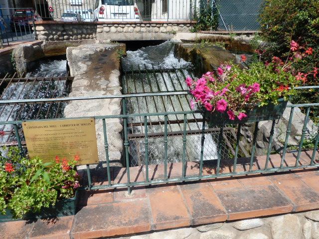 Chute d'eau de la Cantonada del moli