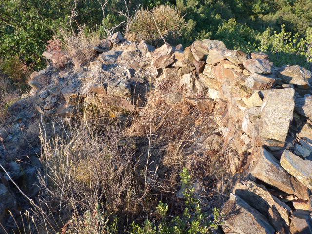 Les tours de guet des Castellars et le Dolmen de la Font del Boule