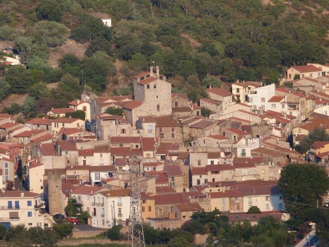Bouleternère vu de la deuxième tour de guet des Castellars (avec zoom)